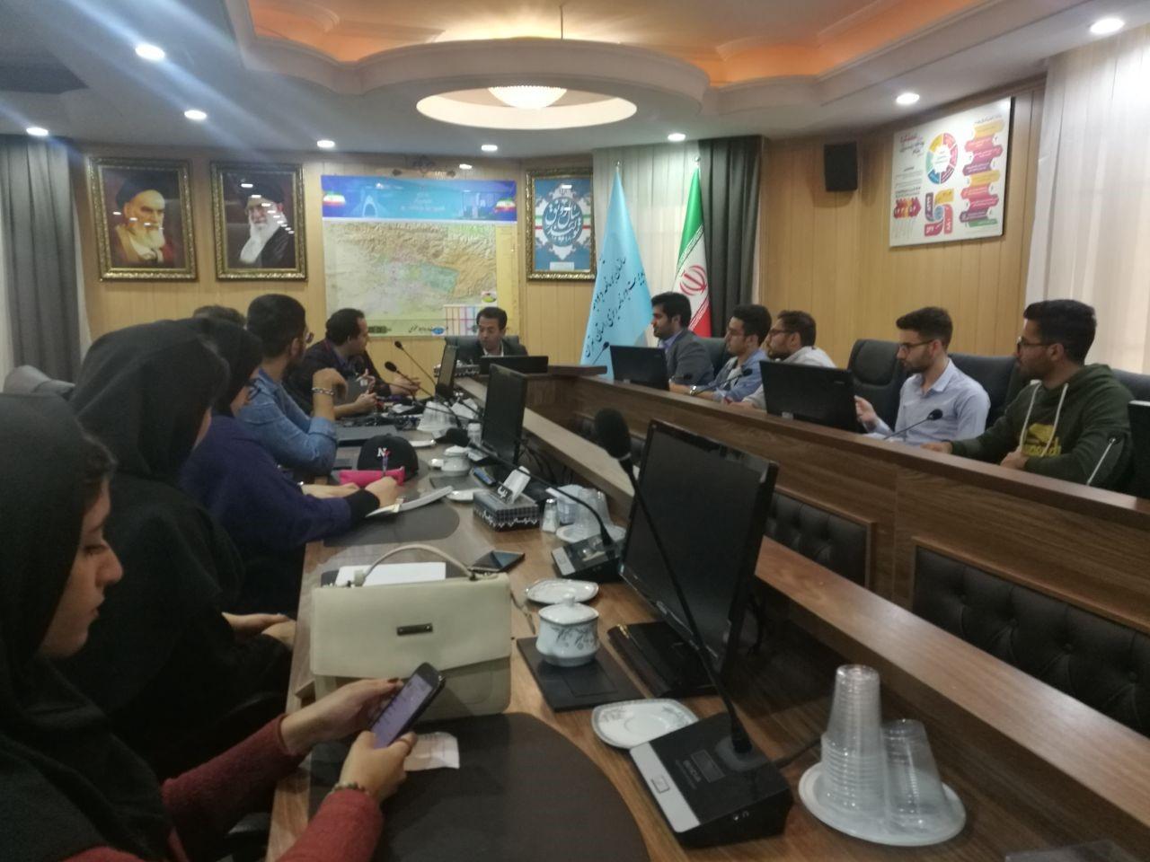 همکاری با سازمان برنامه و بودجه کشور و شهرداری تهران